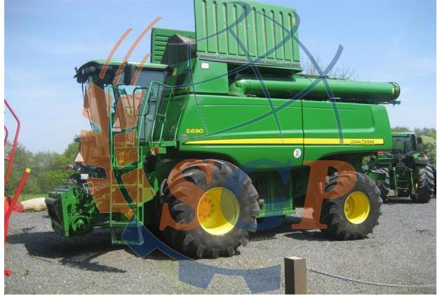 Комбайн зерноуборочный  John Deere S690