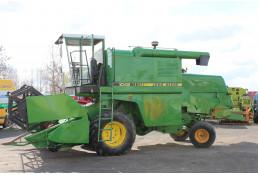 626 Комбайн зерноуборочный  John Deere 1042