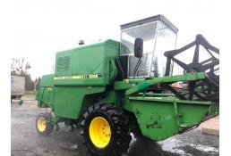 722 Комбайн зерноуборочный  John Deere 1042