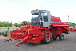 651 Комбайн зерноуборочный Massey Ferguson 430