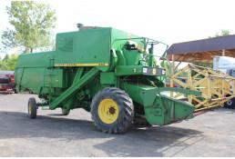 644 Комбайн зерноуборочный John Deere 952